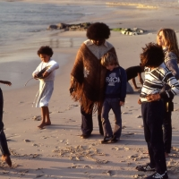 Thancoupie with Joey Issacs and the local children of La Perouse, Sydney, 1982, Photo by Heidi Herbert